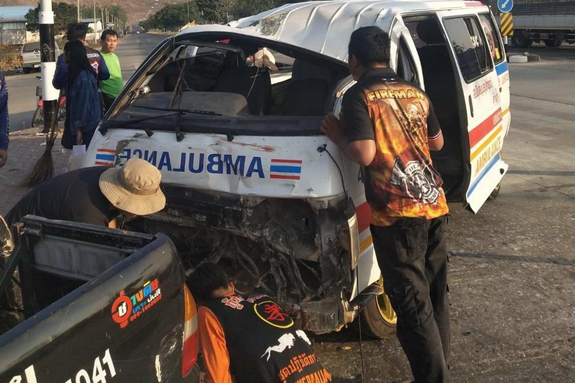 แจ้ง 3 ข้อหาหนัก! คนขับรถกู้ภัยฝ่าไฟแดงประสานงากระบะหมุนชนเด็ก16ดับ